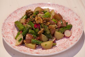 Rosevalsalade met mosterddressing