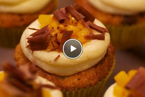Chocolate chip mango cupcake